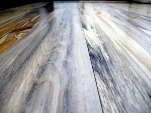 tarima de pino azulado