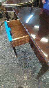 restauración mesa de cartas