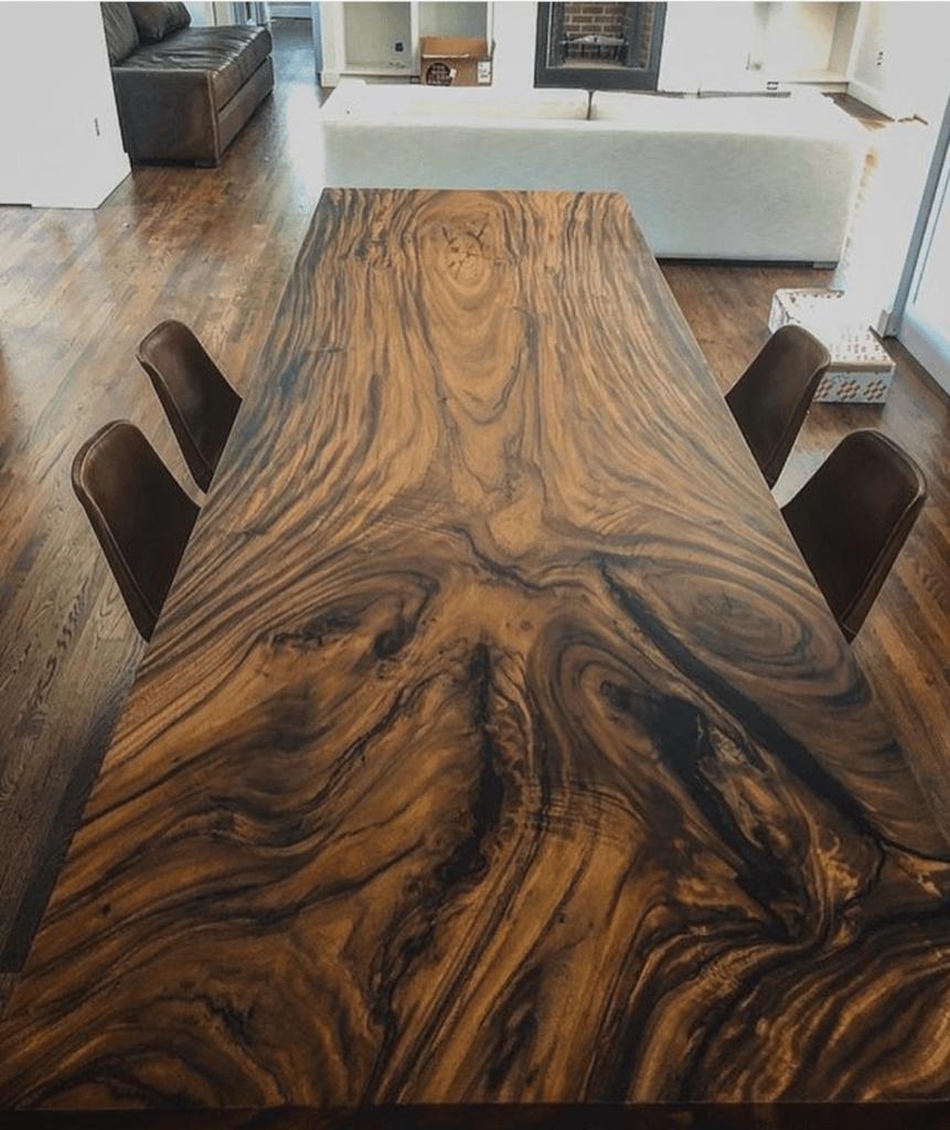 mesa de reunión a medida
