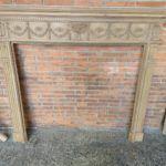 chimenea antigua de madera