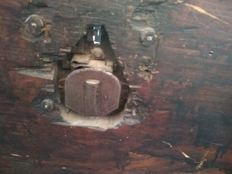 como restaurar cerradura antigua