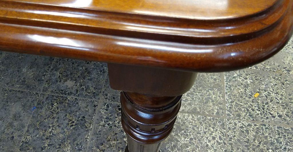 Mesa Comedor estilo victoriano extensible