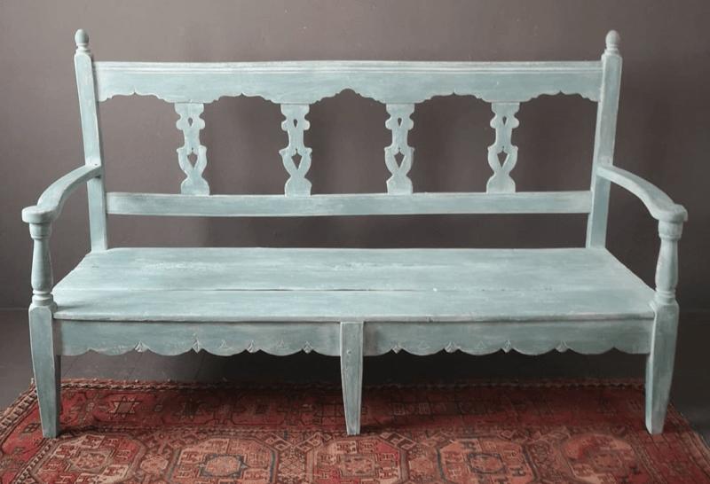 banco de madera estilo mudéjar