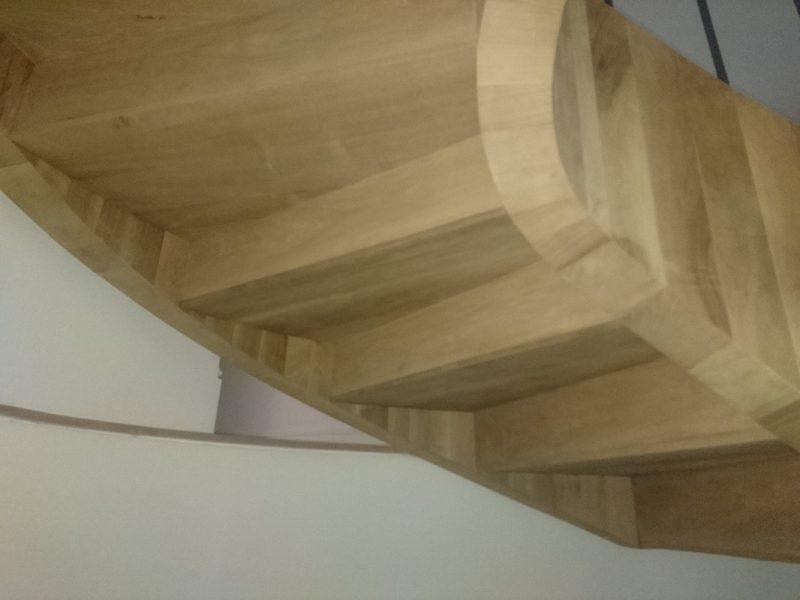 escalera interior de lujo